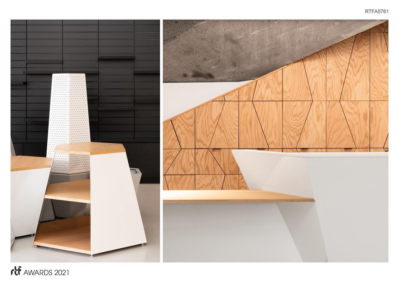 The Biodôme Boutique By ADHOC Architectes +MESSIER designers - Sheet6